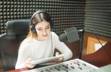 广播电视播音员主持人资格考试合格证